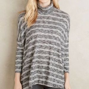 Postmark Striped Swing Turtleneck Sweater in Gray